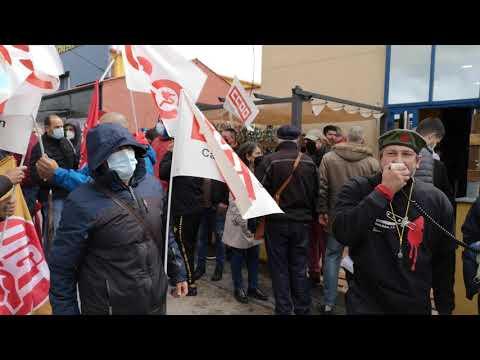 Concentración huelga Trabajadores Roldán