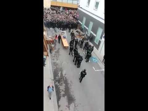 Carga policial en Alcarrás. 1-Oct.