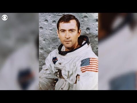 Astronaut John Young dead at 87