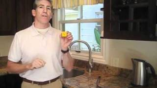 Plug Off - Wolrd's Simplest Timer!(Finally, a simple way to add auto shut-off to any appliance! It is easy to use and will save money, conserve energy, and help to reduce greenhouse gas ..., 2010-09-30T15:22:53.000Z)