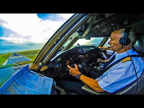 Piloting the 777 into New York JFK!