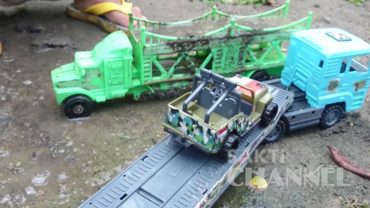 4100 Koleksi Gambar Mobil Truk Tni Gratis