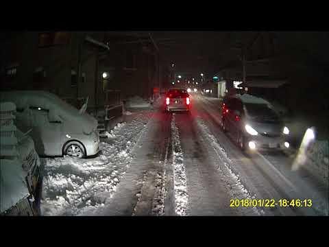 ドラレコ映像 東京の大雪2018 すり減ったスノータイヤで大雪の上り坂を登ったった(`・ω・´)