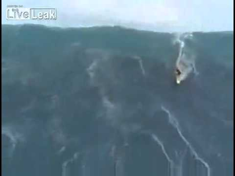 Amazing Surfer Rides 100 Foot Wave Youtube