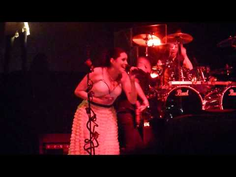 Within Temptation - The Heart Of Everything (live @ Carré Amsterdam 02.03.2015) 2/6