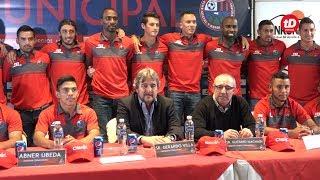 Los rojos de Municipal presentaron refuerzos para Apertura 2017