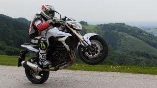 Suzuki GSR 750 - Nakedbike Test
