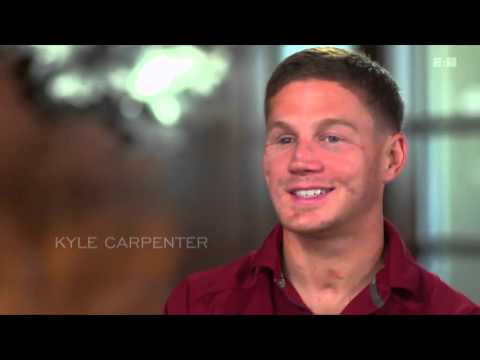 E60 Kyle Carpenter  - Uncommon Valor