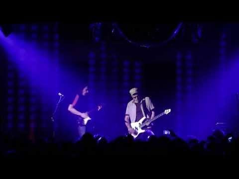 KRAAN in Neuss Nov. 2013 Borgward-Bass-Solo.