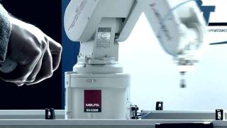 Mitsubishi Electric - Industrial robot RV-2SDB: 6 axis controlled with a Wii remote control