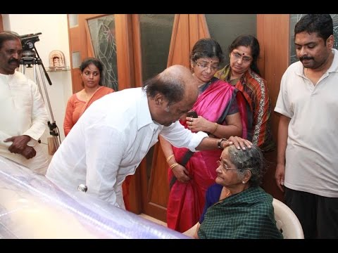 Rajini Pays Homage to K. Balachandar