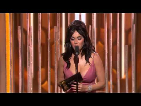 "Katy Perry presenting ""Best Original Song"" #GoldenGlobe"