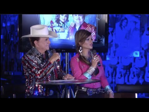 El Nuevo Show de Johnny y Nora Canales (Episode 10.3)- Michael Salgado