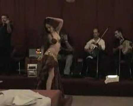 Belly dance - Shayma - Presentación y Taksim - Mik...
