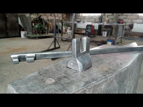 кузнечный инструмент из полуоси для гибки проката квадратного и круглого сечения 8-12мм