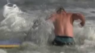 ЖЕСТЬ Нападение акулы на человека Подборка 18+