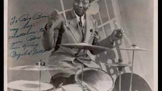 """SIDNEY CATLETT (great drum solo) with Charlie Parker & Dizzy Gillespie - 1945 - """"Hot House"""""""