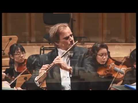 Andrea Griminelli plays Mozart's K 313 in G major Concerto for Flute and Orchestra in Singapore