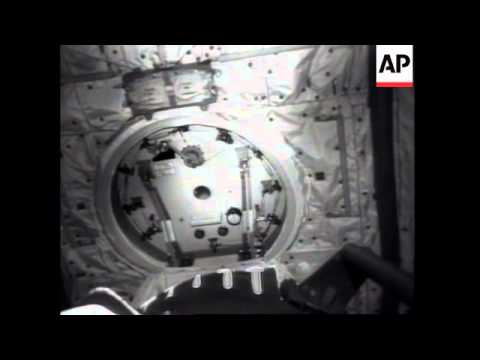 SPACE NASA SPACE SHUTTLE COLUMBIA HAS PROBLEMS WITH HATCH DOOR & SPACE: NASA: SPACE SHUTTLE COLUMBIA HAS PROBLEMS WITH HATCH DOOR ...