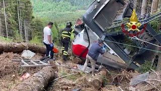 התרסקו מהפסגה על צלע הר: מה גרם לאסון הרכבל באיטליה?