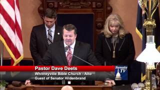 Sen. Hildenbrand welcomes Pastor Deets to deliver invocation to the Senate
