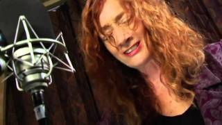 Watch Patty Larkin Hallelujah video