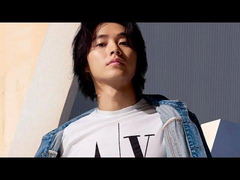 山崎賢人 A|X CM スチル画像。CM動画を再生できます。