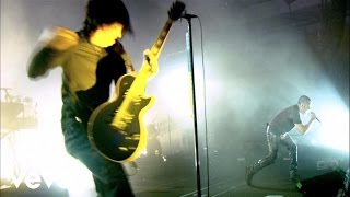 Nine Inch Nails - March Of The Pigs (Live)