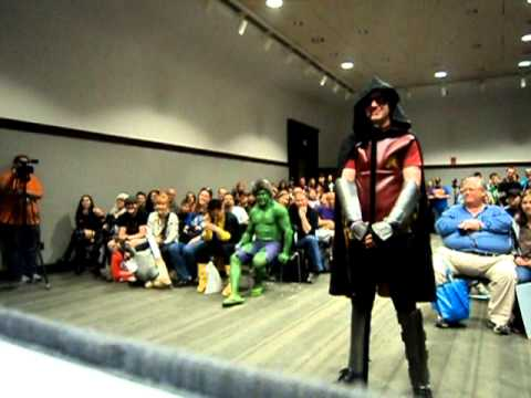 & Arkham Robin Cosplay @ BCC Costume contest.wmv - YouTube