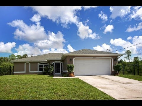 Home For Sale - Lehigh Acres, FL 33971