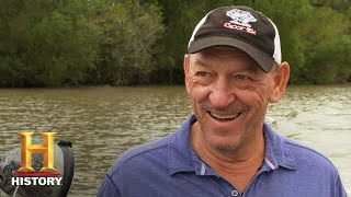 Swamp People: Troy's Special Guest Catches WILD GATORS (Season 12) | History
