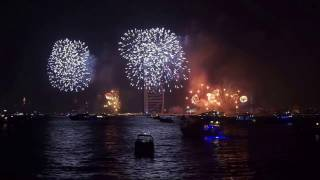 Dubai New Year's Fireworks 2017 HD 1080p Complete