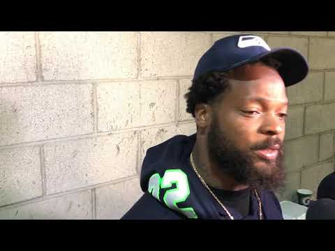 Michael Bennett on why he sat during national anthem at Seahawks' preseason opener
