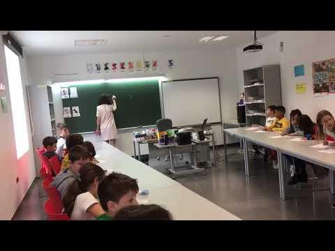 Visita guiada pola Escola Municipal de Idiomas