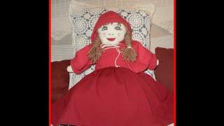 le petit chaperon rouge en couture creation manuelle de Nyzou G