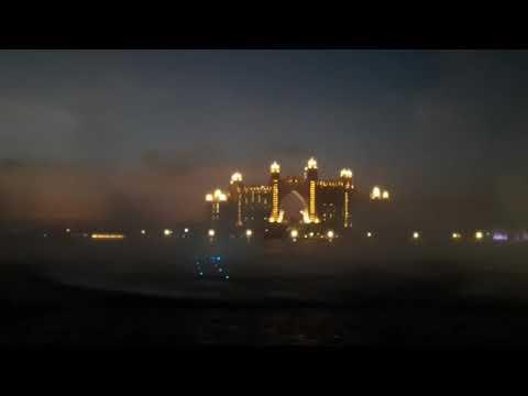 World's Largest and Colourful Fountain Show / Palm Jumeirah Island Dubai / Dubai Attractions