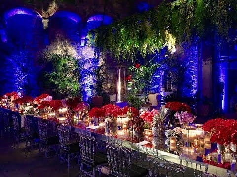 Chic Jungle Wedding in a Castle in Florence | Christie & Winson | Infinity Weddings