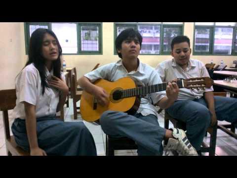 jessie j domino - cover by dici genta and aji at SMA BAKTI IDHATA