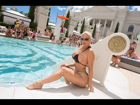 Coco Austin ass and boob thumbnail