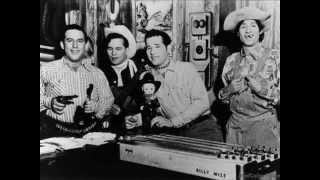 Watch Bob Wills Across The Alley From The Alamo video