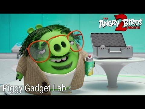 The Angry Birds Movie 2 - Piggy Gadget Lab Scene