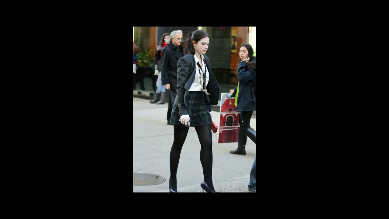 Pantyhose compilation white woman.....give