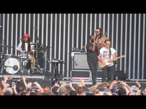 "TV on the Radio live ""Wolf Like Me"" @ Riot Fest  Douglas Park, Chicago Sept. 17, 2017"