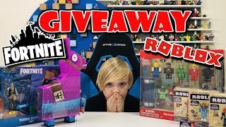 FORTNITE TOYS & ROBLOX TOYS GIVEAWAY Celebrating 5k Subscribers (giveaway now closed)