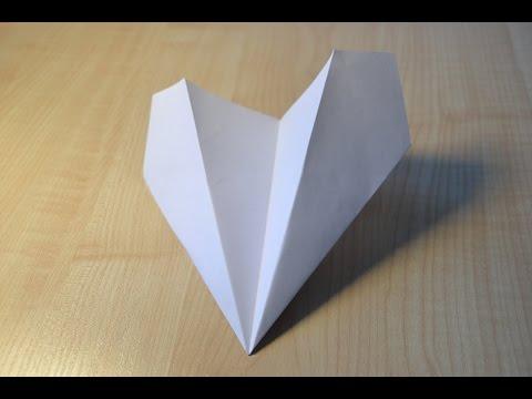 Как сделать самолёт из бумаги. Видео для детей. | DIY How to make a paper airplane. Origami