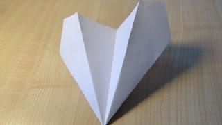 Как сделать самолёт из бумаги. Видео для детей. | DIY How to make a paper airplane. Origami(В этом видео Дима покажет вам как сделать самолётик из бумаги. Это очень простая конструкция, которую с..., 2015-12-29T10:37:52.000Z)