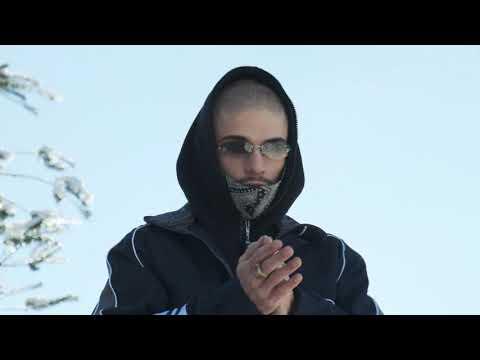 Youtube: Izen – No More Christmas