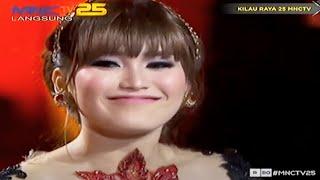 Cecepy Ayu Ting Ting Julia Perez Zaskia Gotik & Slank - Pandangan Pertama [Kilau Raya 25 MNCTV]