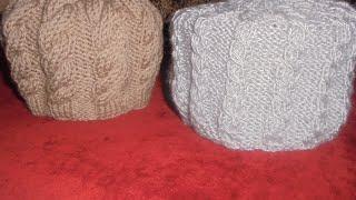 Вязание женской шапки спицами. Узор