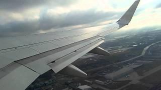 Transavia vliegtuig opstijgen vanuit amsterdam schiphol naar innsbruckboeing 737-700